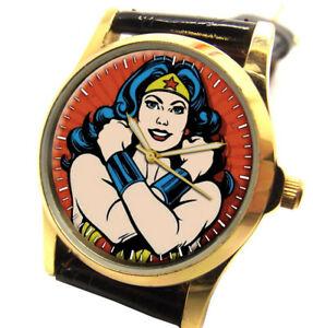 【送料無料】腕時計 ワンダーウーマンオリジナルコミックアートシンボリックパワーウォッチwonder woman deep crimson original comic art 30 mm symbolic girl power art watch