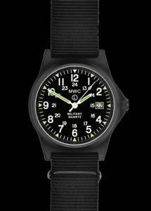 【送料無料】腕時計 カバーブラックミリタリーウォッチ