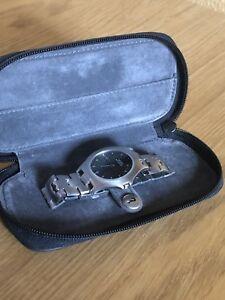 【送料無料】腕時計 マイクロスチールウォッチguess brand microsteel watch
