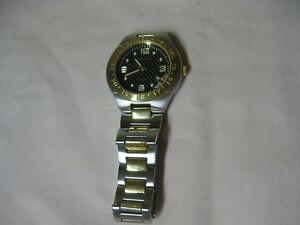 【送料無料】腕時計 メンズラッシュモアブラックヒルズゴールドトーン