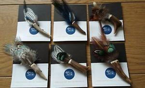 【送料無料】アクセサリー ネックレススコットランドブローチピンクラフトクリスマスsombrero de cuernos de plumas broche escocs artesanal cabo pin pas regalo de navidad