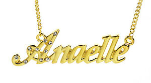 【送料無料】アクセサリー ネックレスゴールドプレートガラスクリスマスネックレス18k chapado en oro con collar con nombre anaelleplaca de nombre cadena cristales navidad