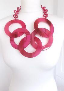 【送料無料】アクセサリー ネックレス オーバーサイズアクリルピンクハードネックレスベストセラーoversize rosa acrilico disco dichiarazione collanauk venditore