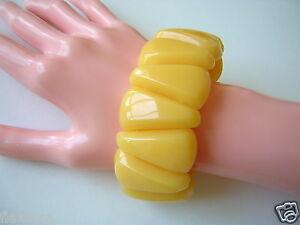 【送料無料】アクセサリー ネックレス ヴィンテージカフvintage resin resina bracciale triangolo butterscotch 60,8 g 8 cmlarghezza 3,5 cm