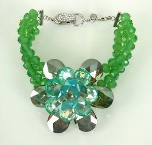 【送料無料】アクセサリー ネックレス バトラーウィルソンカフbutler amp; wilson naturali cristalli a tre fili unico fiore bracciale verde