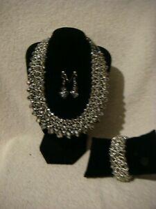 【送料無料】アクセサリー ネックレス ファッションネックネックレスブレスレットシルバーセットイヤリングfashion colletto collana, braccialetto amp; orecchini set in metallo argento