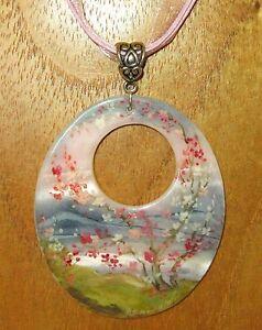 【送料無料】アクセサリー ネックレス シェルピンクシャフトペンダントfedoskino ciondolo in conchiglia dipinto a mano verdi e rosa sakura albero