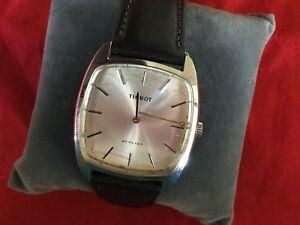 【送料無料】 腕時計 namename
