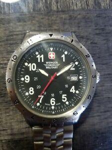 【送料無料】 腕時計 メンズウェンガースイスミリタリーステンレススチールウォッチmens wenger swiss military stainless steel watch