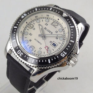 【送料無料】 腕時計 データム44mm weies zifferblatt leuchtmarkierungen datum automatische herrenuhr