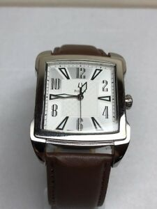 【送料無料】 腕時計 メンズシルバーステンレススチールレザーブラウンbulova mens 96a117 silver stainless steel leather brown
