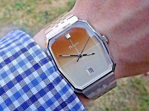 【送料無料】 腕時計 ビンテージレトロブレスレットvintage valgine future retro automatic eta 2783 bracelet watch c1970s