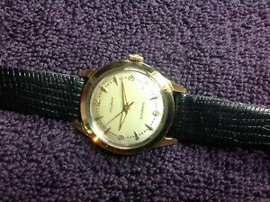 腕時計 ビンテージゴールドキャップステンレスケースmovado  vintage  automatic  gold cap stainless case