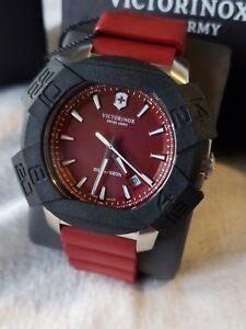 【送料無料】 腕時計 スイスアーミーウォッチvictorinox swiss army inox red 43mm watch