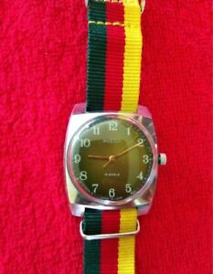 【送料無料】 腕時計 ヴォストークビンテージロシアソウォッチwatch vostok 2209 vintage russian wristwatch ussr