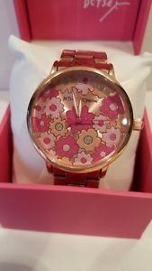 【送料無料】 腕時計 ジョンソンピンクトーンウォッチbetsey johnson bj0049677 floral pink flowersrose gold tone watch