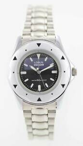 【送料無料】 腕時計 ローラスステンレスシルバー50mバッテリーlorus mens white stainless steel silver 50m battery quartz watch
