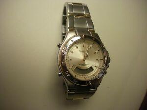 【送料無料】 腕時計 クオーツアラームクロノグラフメンズarmitron water resistent quartz alarm chronograph mens