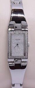 【送料無料】 腕時計 レディースシルバートーンクリスタルアクセントladies guess silver tone crystal accented quartz wrist watch