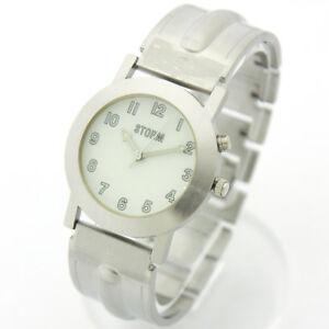 【送料無料】 腕時計 ビンテージホワイトウォッチstorm vintage watch illume white