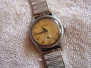 【送料無料】 腕時計 ヴィンテージクロトンウォッチvintage croton buccaneer watch