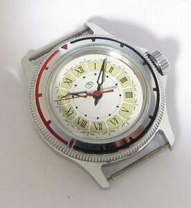 【送料無料】 腕時計 ヴォストークソミニサービスrarest vostok amphibian navy military ussr icer wristwatch mini serviced