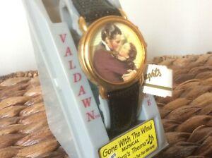 【送料無料】 腕時計 クオーツタラテーマvaldawn gone with the wind collectible quartz wristwatch taras theme