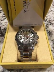 【送料無料】 腕時計 スピードウェイステンレススチールサファイアクリスタルinvicta speedway 5226 stainless steel 100m sapphire crystal wrist watch