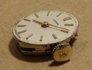 【送料無料】 腕時計 レディースムーブメントクラウンladies juvenia watch movement, running, good condition, j crown