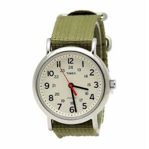 【送料無料】 腕時計 タイメックスt2n6519jアナログtimex t2n6519j weekender analog watch olive green