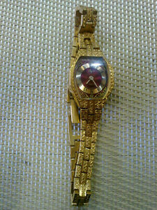 【送料無料】 腕時計 ヴィンテージgold plated luch women watchvintage gold plated luch women watch works fine