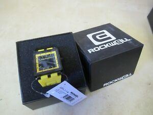 【送料無料】 腕時計 ロックウェルカーボンファイバーライト+ウォッチ