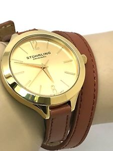 【送料無料】 腕時計 ストラップスイスゴールドトーンラップstuhrling original womens swiss gold tone brown leather wrap around strap watch
