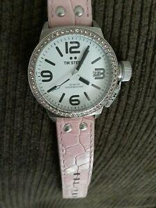 【送料無料】 腕時計 listingtwスチールピンクウォッチ listingtw steel pink canteen watch