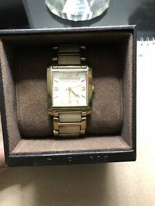 【送料無料】 腕時計 ミハエルジェットレディースゴールドmichael kors jet set ladies gold watch