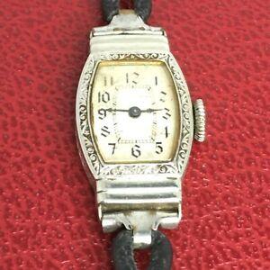 【送料無料】 腕時計 ビンテージレディースアールデコクッションkホワイトゴールドwaltham vintage ladies art deco cushion shape 14k white gold filled watch 1940