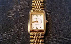 【送料無料】 腕時計 ヴィンテージプチゴールドトーンレディースアナログクォーツメタルウォッチベゼルhelbros vintage watch petite gold tone ladies analog quartz watch metal bezel