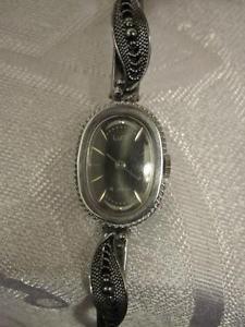 【送料無料】 腕時計 ロシアレディースブレスレットジュエルウォッチluch stunning russian filigree ladies bracelet watch 16 jewels