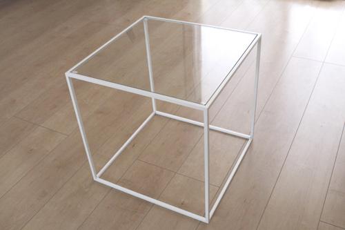 トレイテーブル400角WHガラス サイドテーブル ローテーブル スタッキングシェルフ 日本製 メーカー直販 アイアン テーブル おしゃれ ナイトテーブル ベッドサイドテーブル 北欧 モダン  トレイテーブル お洒落 新生活 一人暮らし 人気 デザイン