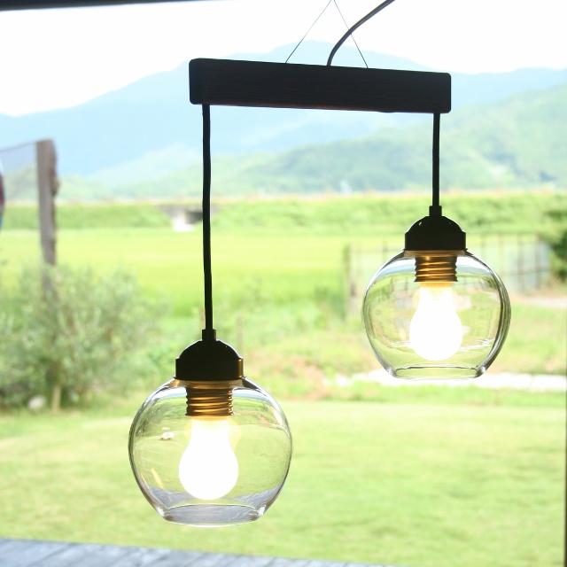 hom glassball2 ガラス 木製 気質アップ 2灯 期間限定今なら送料無料 LED 店舗照明 ペンダントライト 6畳