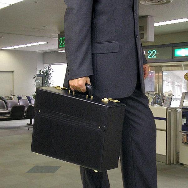 【送料無料】純日本製書類をたくさん持ち運びたい方のためのフライトケース≪44cm≫