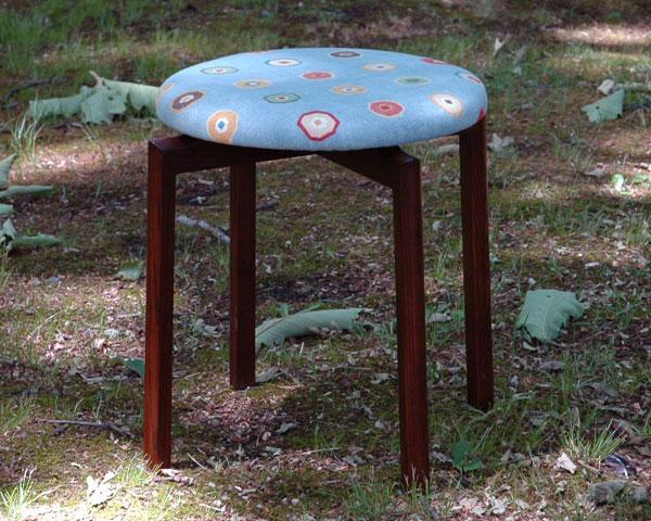 ラウンドスツール・マルチスカイブルー/round stool MULTI【送料無料】【楽ギフ_包装選択】