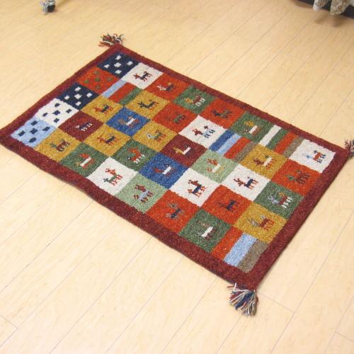 玄関マット 室内 ギャベ ギャッべ 手織りマット 70×120cm インディアン ウール100%の手織りウールマット ギャベマット インドで織り上げたかわいいマット 70×120 お中元 送料込 レッド インディアンギャベマット
