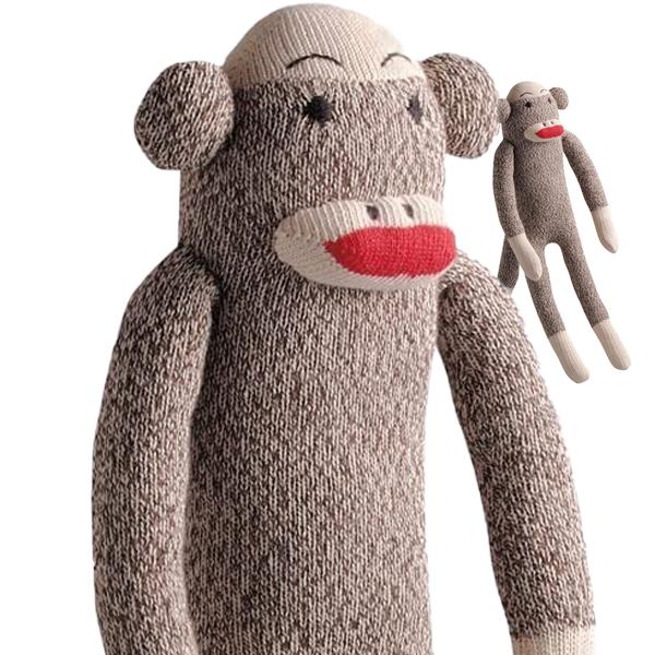 かわいくてブサイクな靴下のおさるさん 犬 おもちゃ トイ ソックモンキー Sock Monkey 犬のおもちゃ ぬいぐるみ 靴下のお猿さん 編みぐるみ お猿ちゃん 鳴き笛 クラシック ドッグトイ インテリアにも おなかを押すと音がします ご予約品 おすすめ 犬用 トラディショナル わんこのおもちゃ