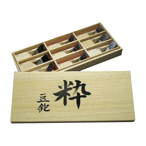 精度を必要とする木工細工などに! 極上手作り 豆鉋 【粋】九丁組 青紙鋼 かんな カンナ