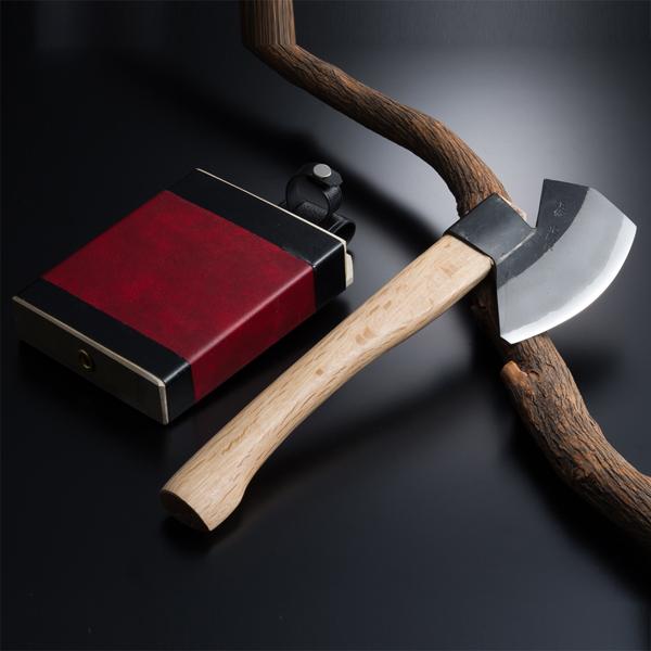 山型 枝打ち斧 ◆本場土佐◆ (火造りオノ 斧 オノ おの 青紙鋼 青紙 ハガネ えだうち 山林道具)