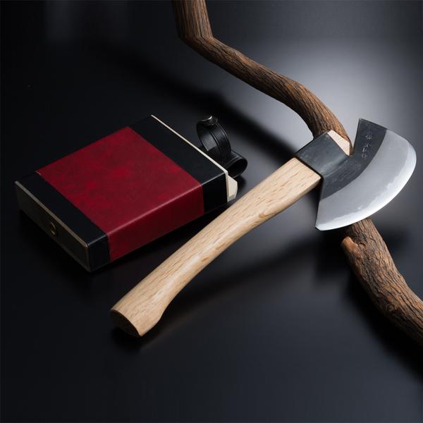先刃型 枝打ち斧 ◆本場土佐◆ (火造り 火造りオノ 斧 オノ おの 青紙鋼 青紙 ハガネ えだうち 山林道具)