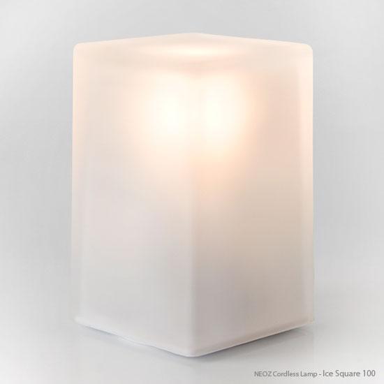 """【送料無料】 アイスキュービックを思わせるコードレスランプ """"NEOZ"""" Ice Square 100 UNO【smtb-k】【w2】 【コードレスランプ】【テーブルランプ】【省電力】【低コスト】【長寿命】【NEOZ】【節電】"""