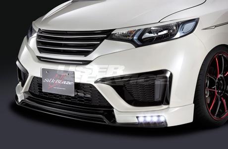 シルクブレイズ フィット GK3/4/5/6 GP5/6 3点セット ツートン塗装 LED付マフラーカッター無 SILK BLAZE