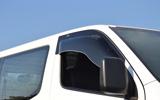 ZOO PROJECT ズープロジェクト NV350キャラバン E26 電動格納ミラー車専用 オックスバイザー ブラッキーテン フロントサイド用 BL-92